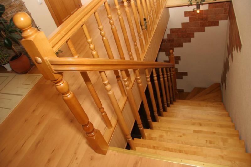 Изготовление деревянных лестниц - Лесенка