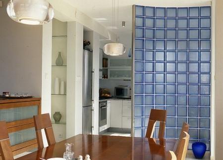 Перегородка между кухней и гостиной + фото