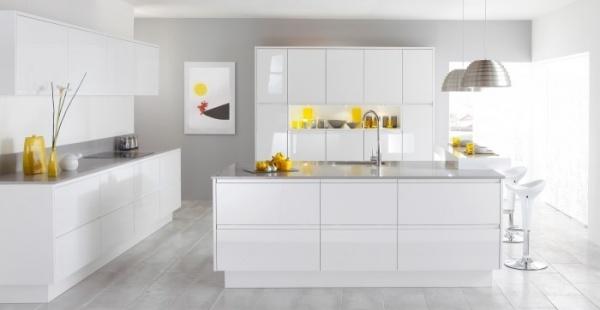 Современные идеи интерьера белой кухни + фото