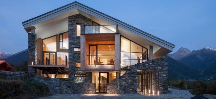 Двухскатные крыши частных домов + фото