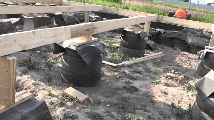 из фото фундамент колесных покрышек