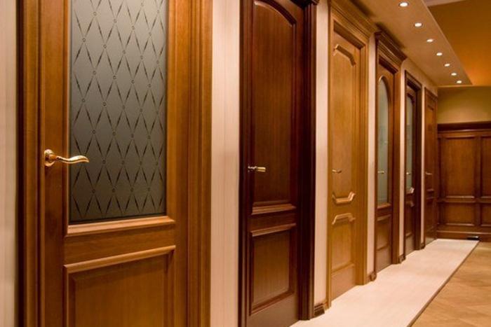 Материалы для межкомнатных дверей