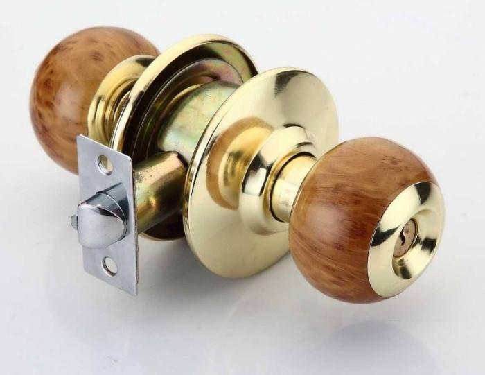 Как разобрать дверную ручку межкомнатной двери