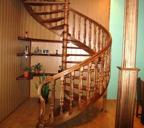 Винтовая лестница своими руками + фото, чертежи, видео
