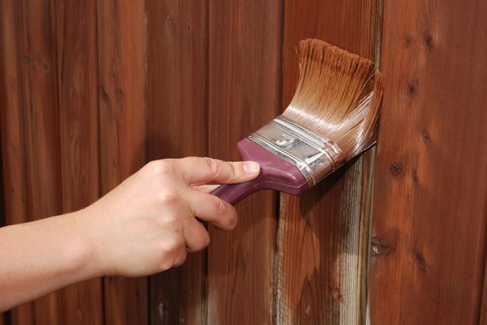 Как убрать царапины на двери