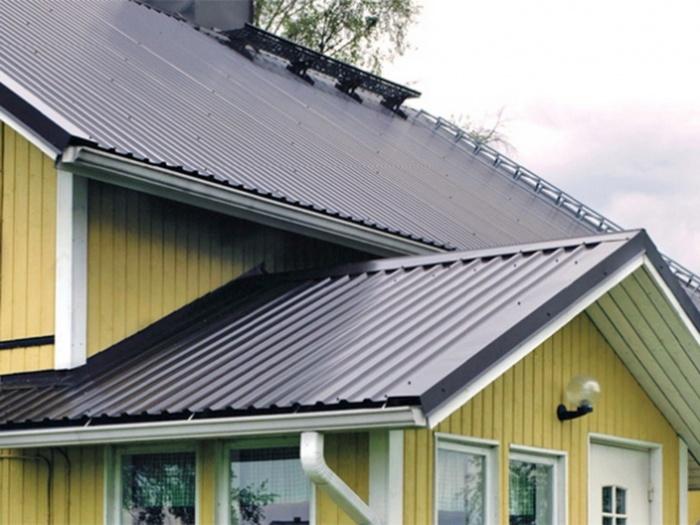 Какой профнастил лучше для крыши