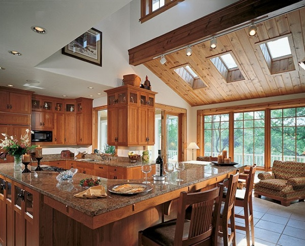 Дизайн кухни в частном доме + фото