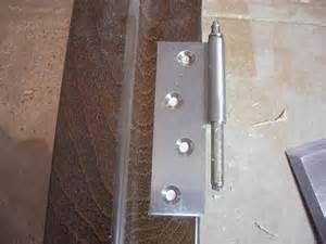 Не закрывается балконная дверь, что делать? Способы ремонта и настройки балконной двери