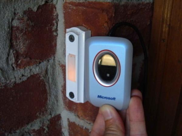 Как подключить дверной звонок в квартире и доме: схема, видео