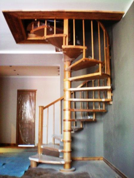 Проекты домов в два этажа с мансардой