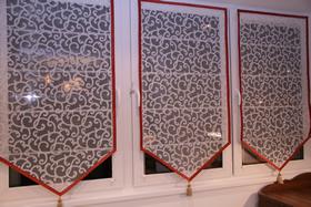 Как выбрать шторы на лоджию, фото штор на балконе: рулонные, римские, своими руками
