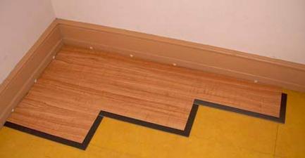 Виниловая плитка для пола: плюсы, минусы, фото, укладка