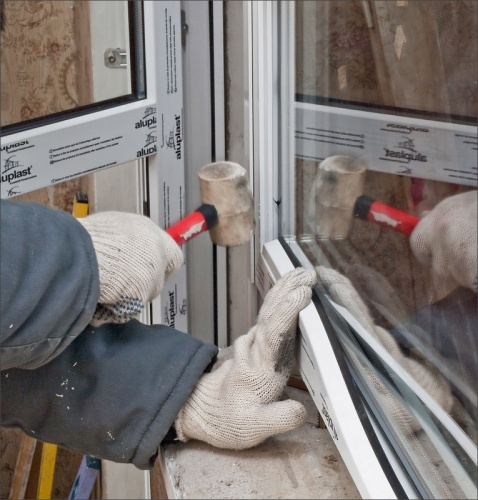 Как правильно самому установить пластиковые окна в квартире + видео